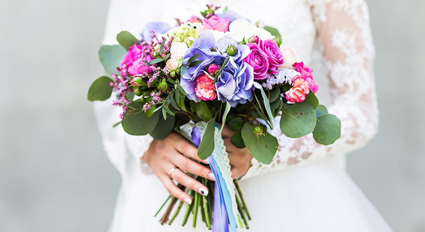 Wedding Flowers by Flowers on Plenty 1